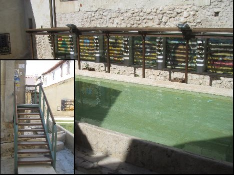 Chinchon tourist and visitor information center, up the stairs!